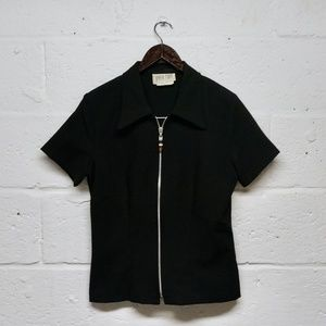 SALE VTG Black Fitted Front Zip Short Sleeve Top